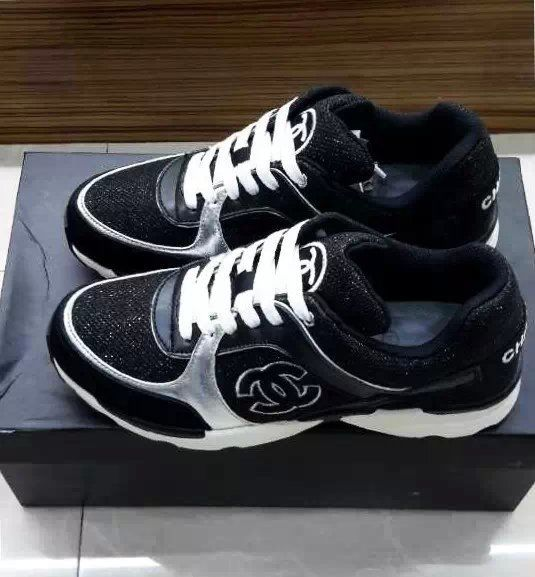 9db1c149d77 Dames sneakers! Nieuw + origineel Schoenen maat 35 tot 44 fast shipment : 5  to 7 days arrive. Any questions feel free to e-mail now